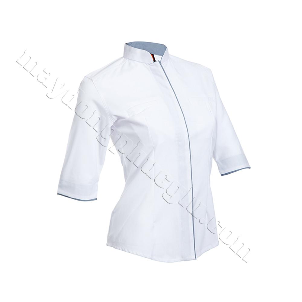 Sơ mi đồng phục nữ trắng phối đường gân xanh lam nhạt ở trụ áo và bo tay