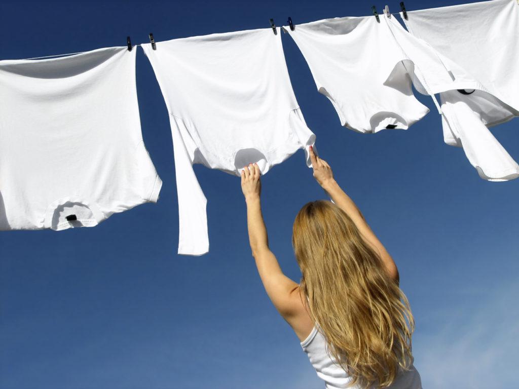 como quitar manchas de herrumbre de la ropa 1 áo thun đồng phục