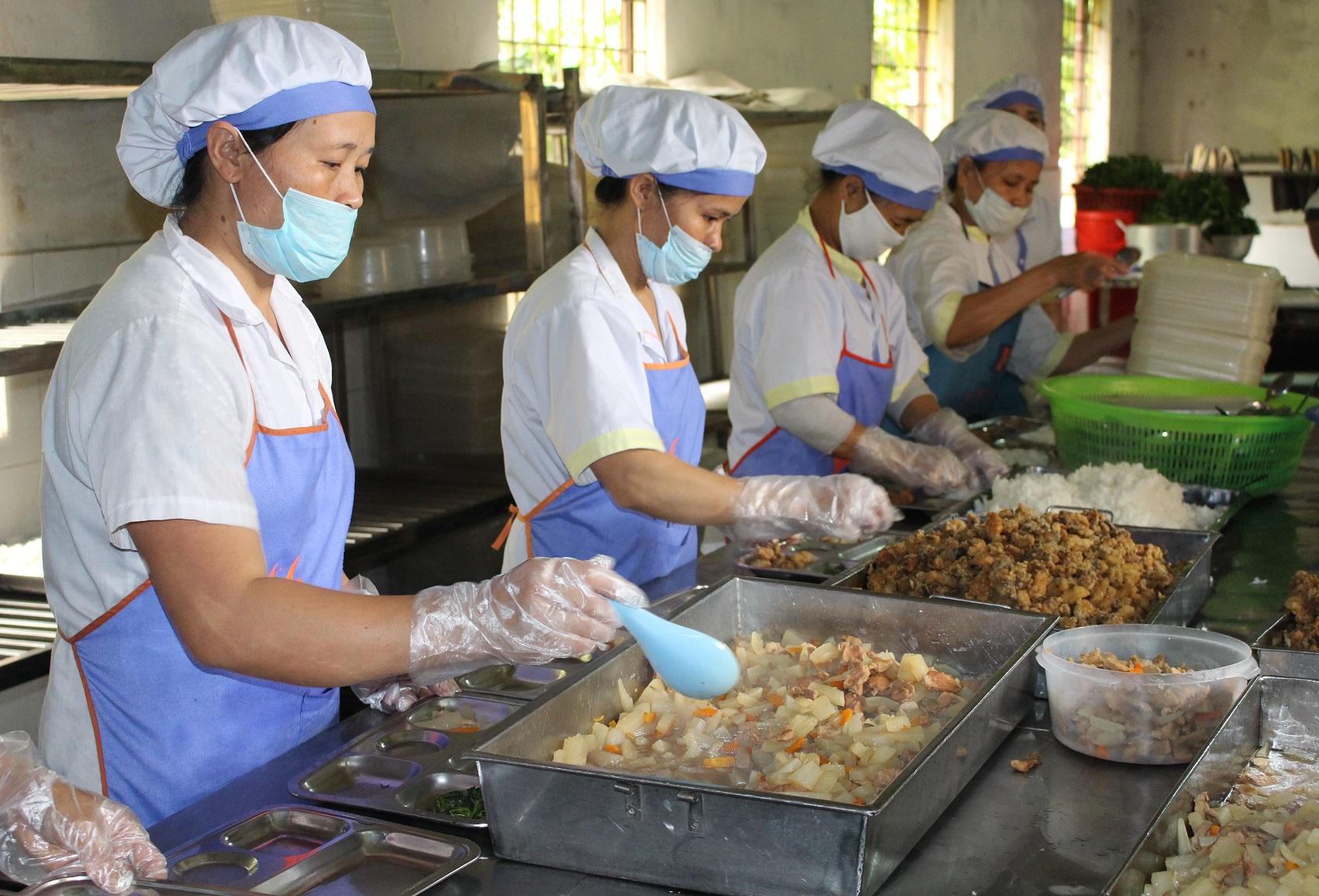 Đồng phục công nhân thực phẩm